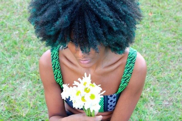 colorer coloration cheveux crépus afro naturels