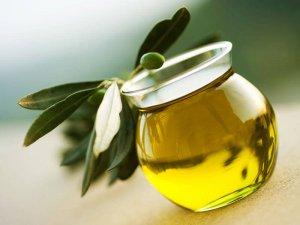 L-huile-d-olive-un-secret-anti-age