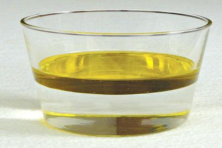 bain d'huile cheveux crépus secs