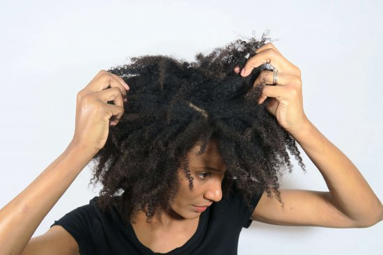 cheveux crépus naturels fins